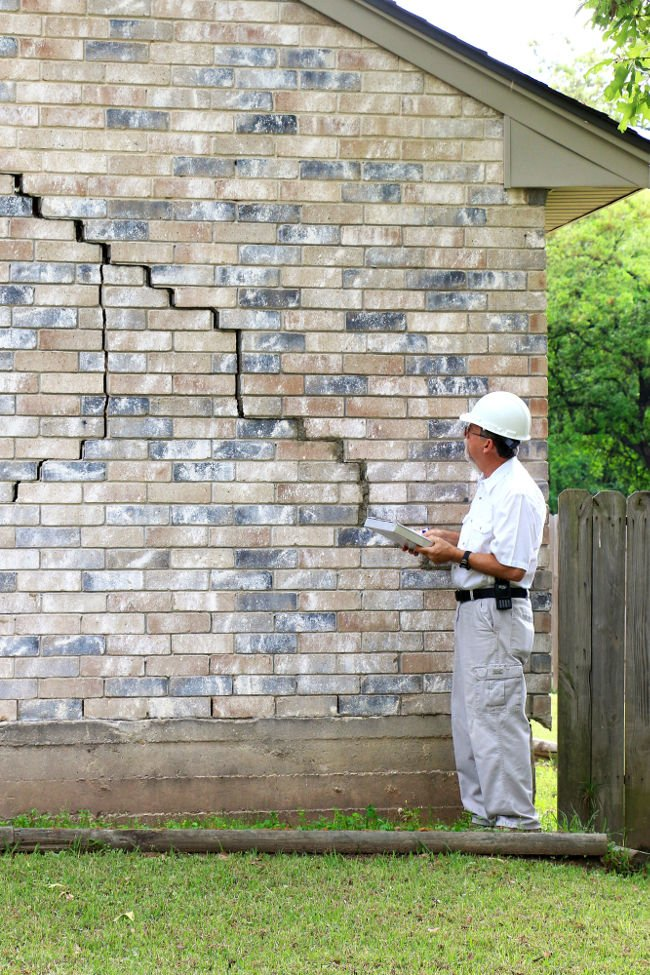 Inspection of a cracked foundation